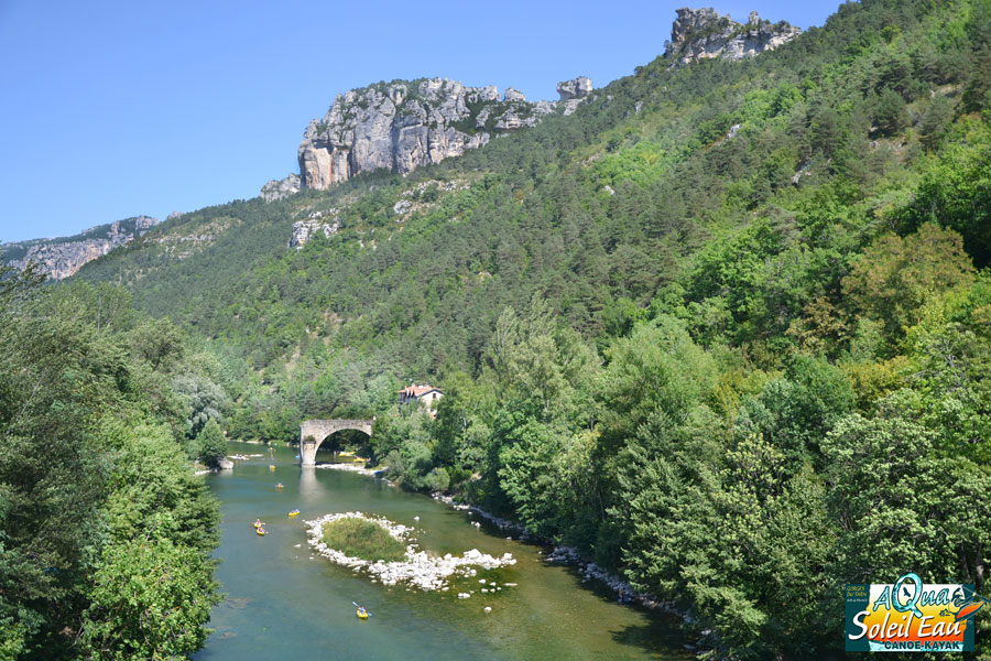 Gorges of Tarn a natural and preserved site with outdoor activities : canoeing, paragliding, mountain bike,