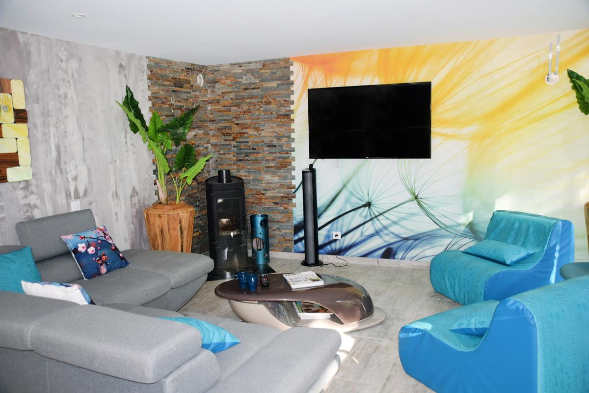 Nature living room Ecolodge room with Jacuzzi in design luxury villa Gorges of Tarn Aveyron